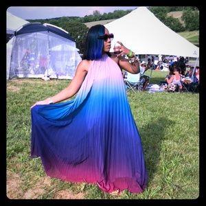 Pleated Ombré Maxi Dress 👗